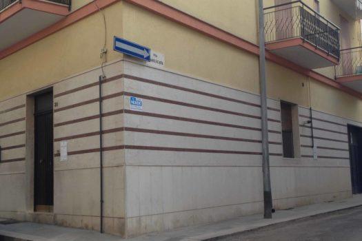 Piano Terra Via sicilia - leone immobiliare
